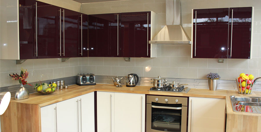 Kitchens worcester for Coloured kitchen units uk